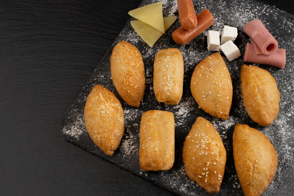 Κουρουδάκι μπισκοτέ κίτρινα τυριά